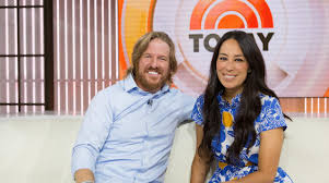 fixer upper sizzle reel chip and joanna gaines fixer upper sizzle reel people com