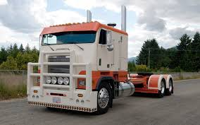 orange and white wallpapers orange and white freightliner truck wallpaper car wallpapers