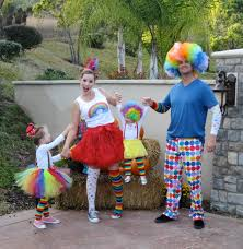 family costumes halloween clown family costume fall halloween pinterest costumes