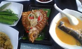 cuisine patin fried ikan krai and tempoyak ikan patin picture of patin