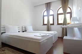 chambre d h e insolite hotel c karagaq peje tarifs 2018
