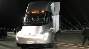 electric truck tesla u0027s elon musk unveils roadster electric truck u2013 here u0027s the