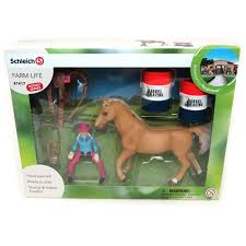 Barrel Racing Home Decor by Racing With Cowgirl By Schleich