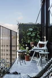 beautiful balcony garden house design with vegetable plants stepstone pavers for