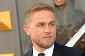 how to get thecharlie hunnam haircut charlie hunnam haircut 2016 hair