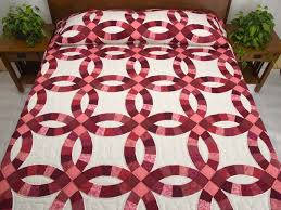wedding ring quilt wedding ring quilt magnificent adeptly made amish quilts