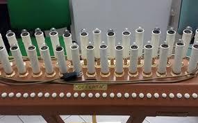 candelieri votivi furti di olive in cagna e di candele votive in una chiesa