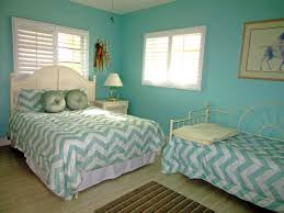 Guest Room With Twin Beds by Florida Keys Home Rental Islamorada Vacation