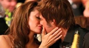 brad and angelina kissing pure love angelina brad family