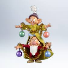 hallmark 2012 a merry tree ornament walt disney snow