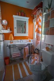 Decorating Ideas For Master Bathrooms Colors Best 25 Orange Bathrooms Ideas On Pinterest Orange Bathroom