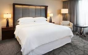 Sheraton Duvet Covers Sheraton Bloomington Hotel Accommodations Traditional King