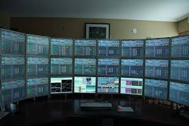 Three Monitor Desk Triple Monitor Set Up Trading Desk Multiple Monitors 1024x681