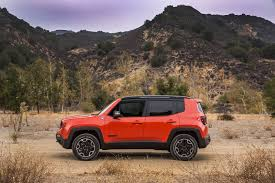 christmas jeep silhouette jeep renegade speaks italian tackles trails
