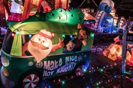 wacky tacky christmas light tour presented by fresh air family