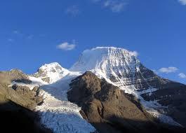அழகு மலைகளின் காட்சிகள் சில.....01 - Page 2 Images?q=tbn:ANd9GcSKgGdiwJtHKmUp2zpQOLrLRwYtEDrF7kt0ceHY9E5zMYRLVKOB