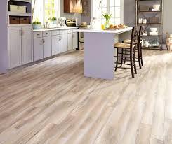 bathroom flooring ideas vinyl astonishing flooring ideas vinyl that looks like wood picture of