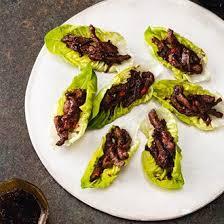 house canape crispy beef on lettuce canapé recipes houseandgarden co uk