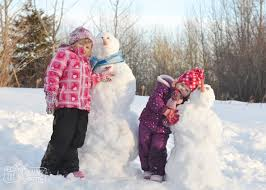 23 free or almost free family day activity ideas to do this winter