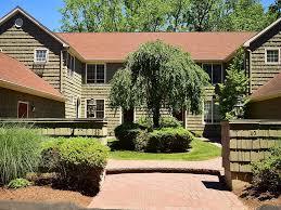 Home Design District West Hartford 36 Harwich Lane 36 West Hartford Ct 06117 Mls G10230694