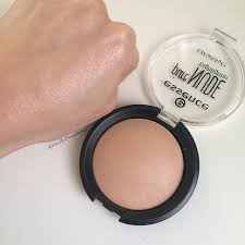 essence pure highlighter follow my insram mellyfmakeup for more