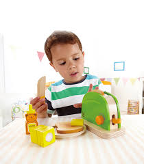 hape spielküche pop up toaster from hape from the wooden toybox