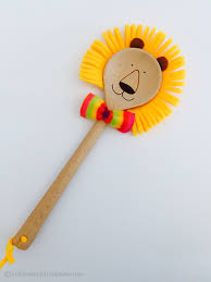 lion puppet spoon lion puppet