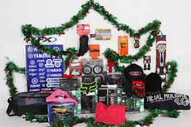 Gifts Under 25 Christmas On A Budget Chap Moto U0027s Favorite 25 Gifts Under 25