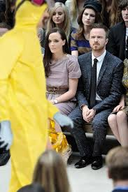 Bad Fashion Meme - breaking bad yellow suit aaron paul confused by fashion know