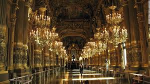 Largest Chandelier 15 Of The World U0027s Most Spectacular Theaters Cnn Travel