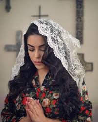 funeral veil why millennial catholics are re adopting the traditional chapel
