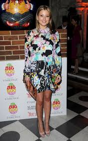 Holly Valance Measurements Or Not Holly Valance Wears Bold Print To Big Egg Hunt Grand