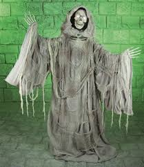 Lifesize Animated Halloween Props by Life Size Grim Reaper Animated Prop Mad About Horror