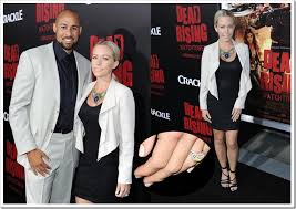 kendra wedding ring kendra wilkinson accepts a new