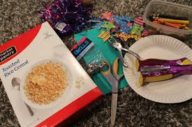 new years noise makers new years paper plate noise makers momeefriendsli
