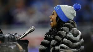 lions thanksgiving day game watch aretha franklin sings national anthem at lions vikings game