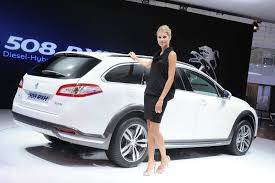 peugeot cars 2011 iaa 2011 peugeot 508 rxh is an environmentally conscious crossover