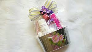 Mothers Day Gift Baskets Dollar Tree Gift Basket Diy Gift Idea Mother U0027s Day Gift Youtube