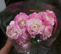 wedding flowers prices wedding flower prices can you save by doing it yourself