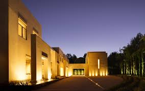 25 striking modern exteriors inspiration dering hall