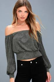 charcoal grey top crop top the shoulder top