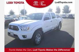 cars com toyota tacoma used 2015 toyota tacoma cab pricing for sale edmunds