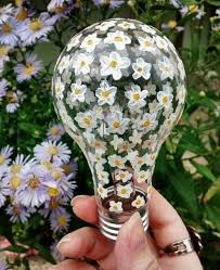 awesome diy ideas for recycling light bulbs recycled things