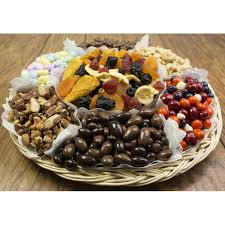 dried fruit gift nut chocolate and fruit gift tray 6711