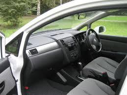 nissan tiida hatchback 2005 nissan tiida latio 0702