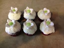 bridal cupcakes bridal shower cakes rillings bucks county bakery