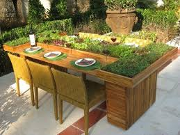 diy table from wooden pallets garden furniture planter idea
