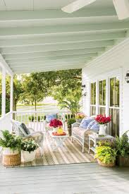 Houses With Porches by 9 No Fuss Floral Decorating Ideas For Your Front Porch Southern