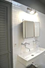 Mirrored Bathroom Wall Tiles - best 25 white brick tiles ideas on pinterest brick tiles