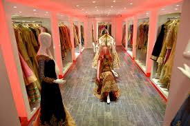 upscale boutique sets out to change experience for south asian